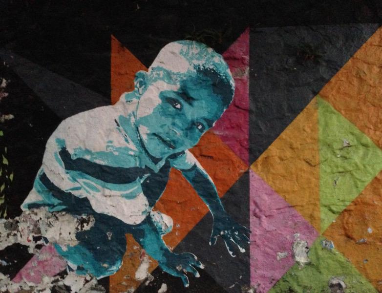 Boy street art in Yáñez